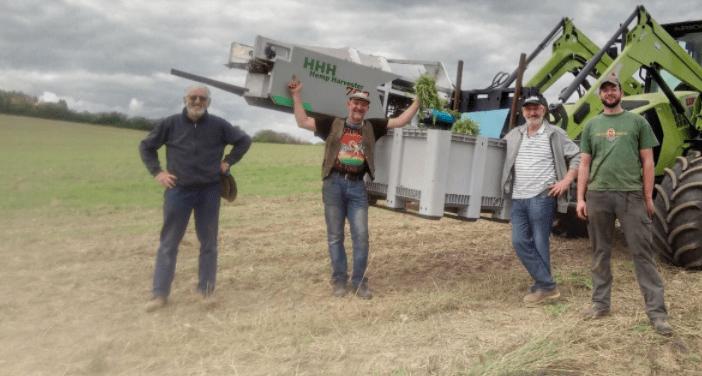 Erfahrungsbericht: Hanfernte mit dem HHH Hemp Harvester